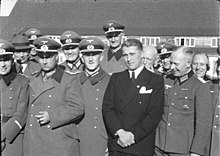 220px-Bundesarchiv_Bild_146-1978-Anh.024-03,_Peenemünde,_Dornberger,_Olbricht,_Brandt,_v._Braun